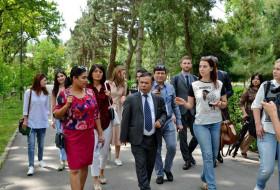В Институте ядерной физики Академии наук Республики Узбекистан был организован пресс-тур.