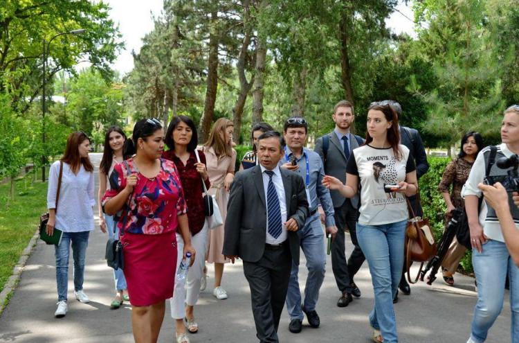 O'zbekiston Respublikasi Fanlar akademiyasi Yadro fizikasi instituti bo'ylab press-tur tashkil etildi