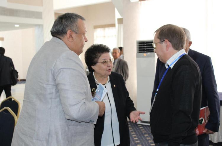 Узбекско-Российский Микросимпозиум на тему «Перспективы  науки о полимерах»