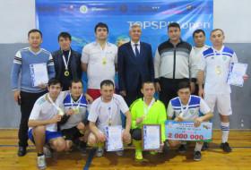 """O'zR FA Birlashgan kasaba uyushmasi  qo'mitasi sovrini uchun tashkil etilgan """"Mini-futbol-2019"""" sport musobaqasidan fotolavha"""