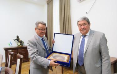 Mongoliya Fanlar akademiyasi prezidentining O'zbekiston Respublikasi Fanlar akademiyasiga tashrifi