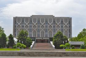 Государственный музей истории Узбекистана АН РУз